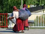 800px-Roma-Gypsy_Women_-_Sighisoara_-_Romania